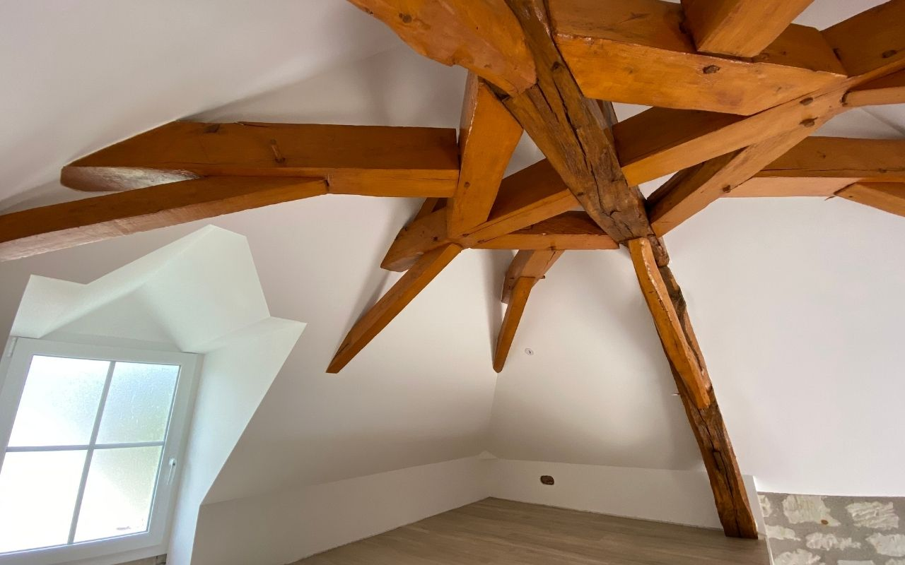 rénovation-comble-charpente-okedo-1280×800