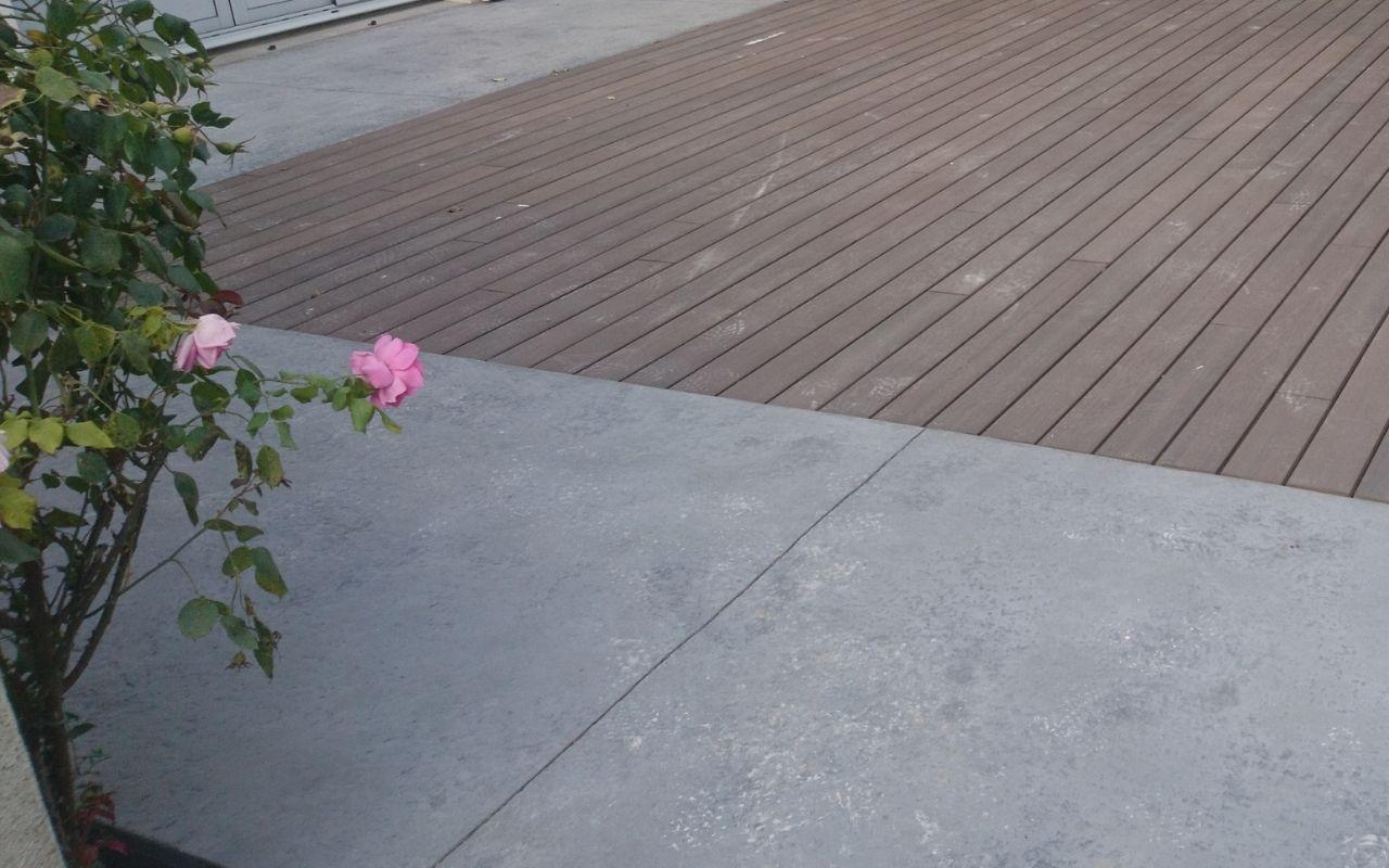 terrasse-mixte-bois-béton-okedo-1280×800